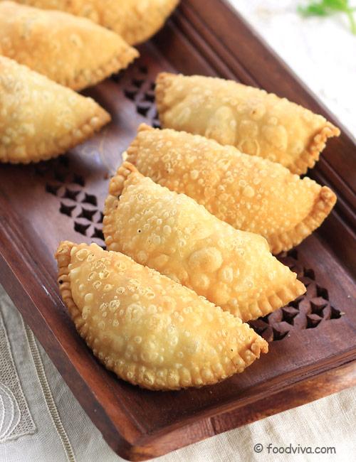 How to make Mawa Gujiya (karanji)