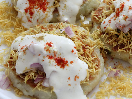 Image result for aloo tikki chaat