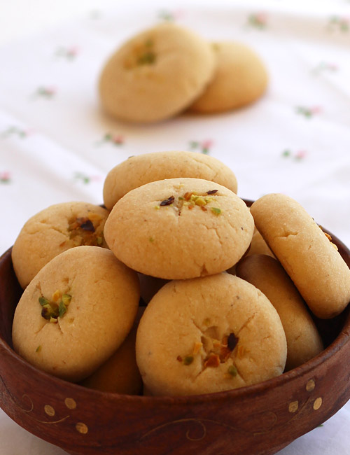 Nan Khatai Recipe Eggless Buttery Indian Cookies Step By Step Photo