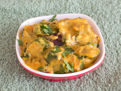 Bhindi Curry Recipe with Curd Gravy